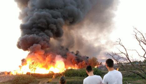Incendi al Camí dels Frares.
