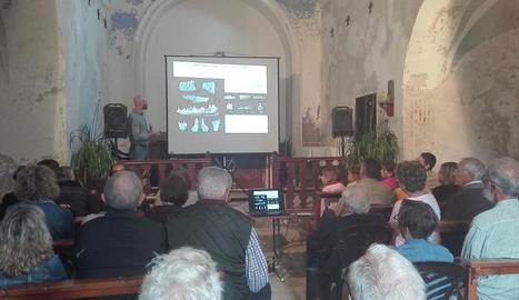 Un moment de la conferència sobre els primers primats ahir a Conca de Dalt.