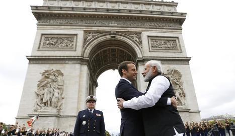 Macron, dissabte, amb el primer ministre de l'Índia.