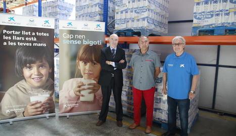 La campanya de recollida de llet es va presentar ahir a Lleida.