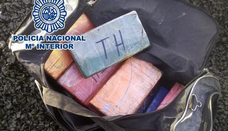 Quatre detinguts a Lleida acusats de formar part d'una xarxa de narcotraficants