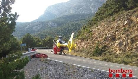 Imatge d'arxiu del rescat d'un motorista accidentat a Guixers.