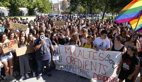 Imatge d'arxiu de la mobilització estudiantil del passat 7 de juny a les portes del Gili i Gaya.