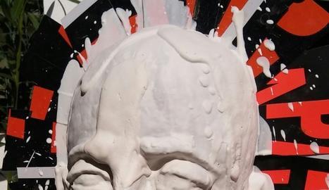 Motllo d'escaiola, resultat d'aplicar aquest material sobre el fang i deixar-lo assecar.