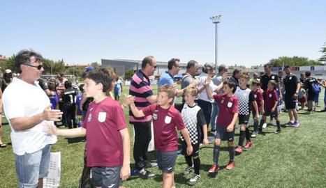 En tots els partits els jugadors se saluden abans i mostren el seu respecte.