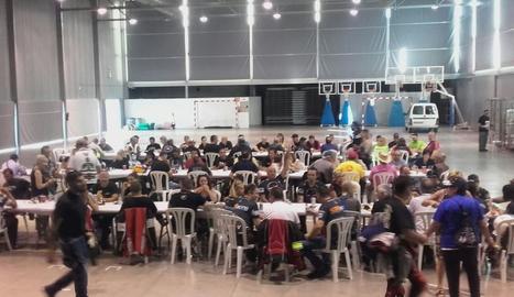 La trobada de motards va finalitzar amb un dinar de germanor al pavelló de les Borges.