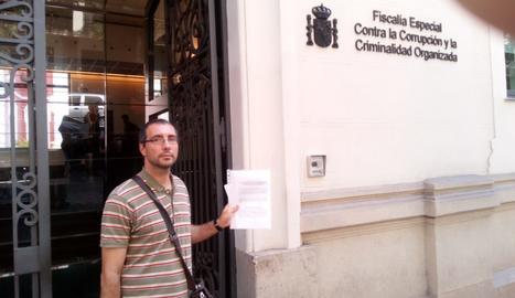 El regidor del Comú Carlos Glez, aquest dijous a la Fiscalia Anticorrupció a Madrid.