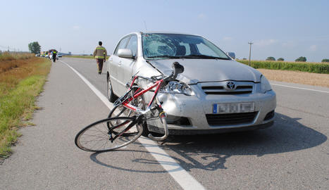 L'atropellament d'un ciclista en una carretera de Lleida.