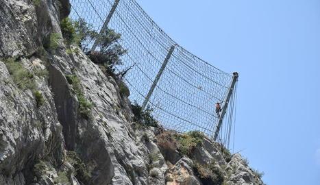 Últimes xarxes de seguretat a Tres Ponts a l'espera del túnel