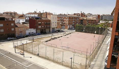 Pardinyes proposa convertir en pista poliesportiva tot el recinte tancat, perquè puguin utilitzar-la simultàniament dos equips