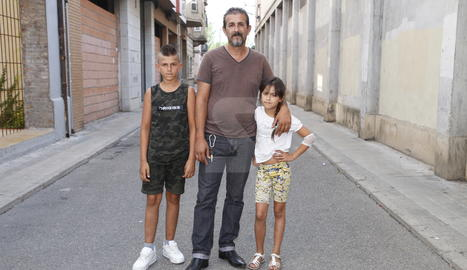 Jorge, dilluns amb dos dels seus fills.