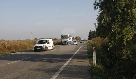 La carretera N-240 al terme municipal de Juneda.