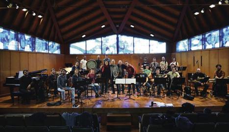 La Rufaca Folk Jazz Orchestra, la 'big band' d'arrel tradicional que obrirà avui el festival Dansàneu.