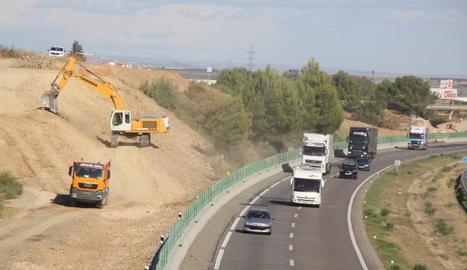 Mor una persona en una accident a l'autovia A-2 a Alcarràs