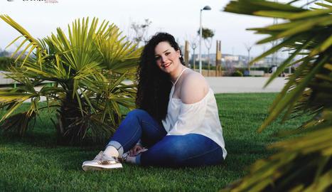 Andrea Martínez és veïna d'Almacelles, té 22 anys i vesteix una talla 44.