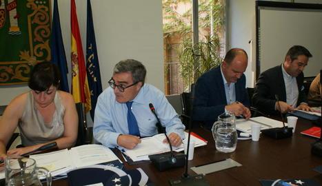 Debat sobre competències educatives dels municipis