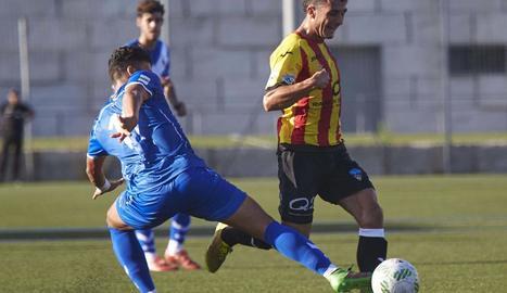 Mia Guasch, durant un partit amb el Lleida.