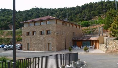 Imatge de l'edifici del Sindicat de Tarrés.