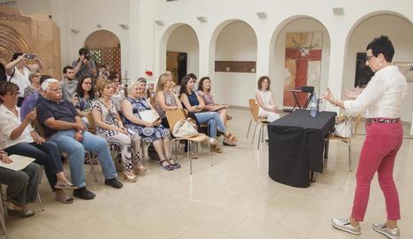 La cuinera catalana Carme Ruscalleda va impartir una xarrada ahir a l'Espai Guinovart d'Agramunt.