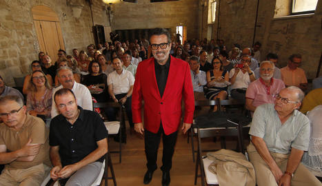Xavier Sala i Martín, moments abans de la seua conferència a la Seu Vella.