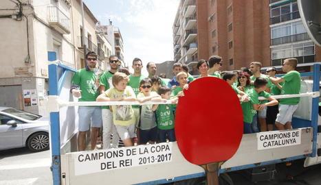 El DKV Borges Vall celebra amb una rua el seu títol de la Copa del Rei