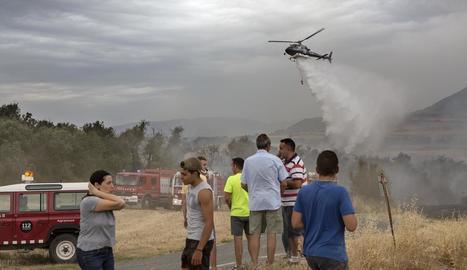 Coberts també van ser pastura de les flames en l'incendi d'Oliola.