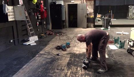 Els operaris van iniciar ahir els treballs de reparació.