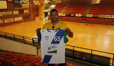 César Candanedo arriba al conjunt llistat disposat a aspirar a tot en totes les competicions.