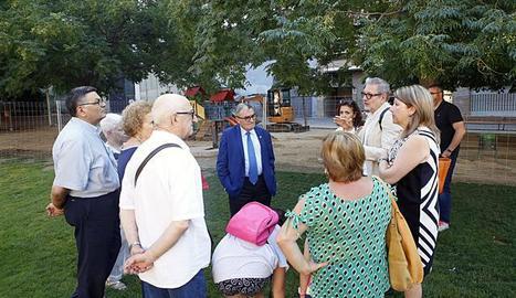 Explicació del nou projecte als veïns del barri.