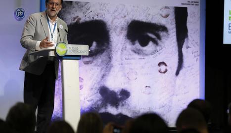 Rajoy a l'escola de formació Miguel Ángel Blanco a Bilbao.