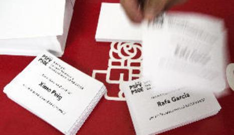 El PSPV celebra les seues primàries per triar entre Ximo Puig i el