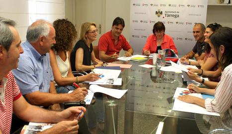 Sessió de treball de l'equip de govern, Obra Social i Creu Roja.