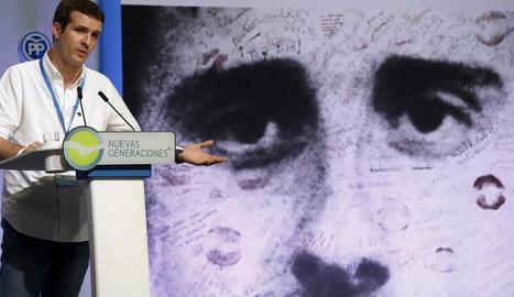 El vicesecretari de Comunicació del PP, Pablo Casado, a la intervenció a l'escola de formació Miguel Ángel Blanco de les Noves Generacions.