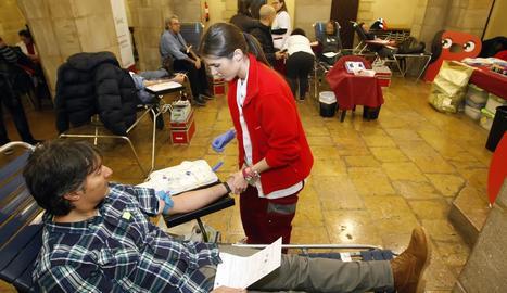 Imatge d'arxiu de donació de sang a la Paeria al gener.