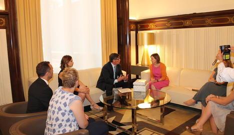 Carme Forcadell, ahir durant la trobada amb els representants del PAR.