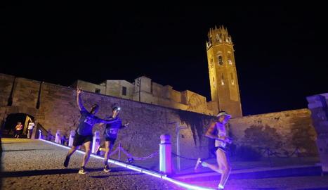 La Lleida Night Run omple d'activitat el Turó de la Seu Vella