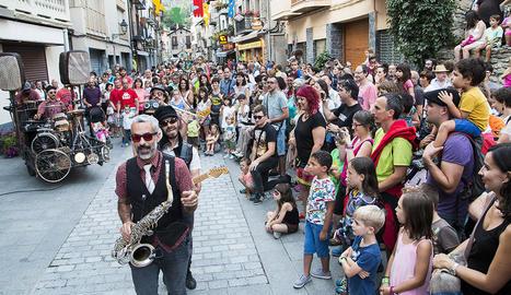 Els joves de la companyia La Petiestable 12, de l'Aula de Teatre de Lleida, van interpretar 'Landscape'.