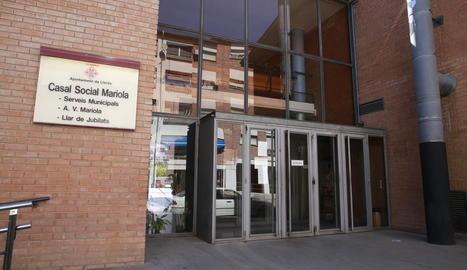 Vista del centre cívic de la Mariola, la cafeteria del qual està tancada des de finals de juny.