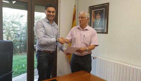 Firma de renovació del conveni entre el consell i Ecoembes.