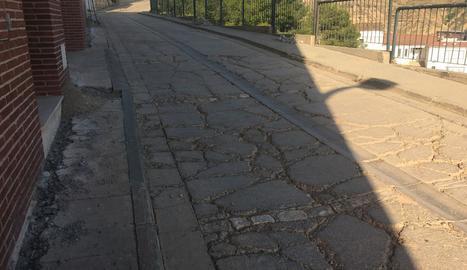 Imatge del carrer Castell, on es realitzaran els treballs.