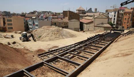 Comença la instal·lació de les passarel·les per visitar les restes de l'antic barri jueu