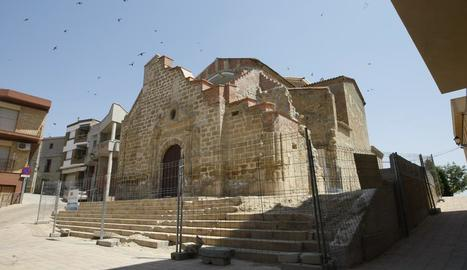 L'església de Sant Pere de Rosselló amb el seu aspecte actual.