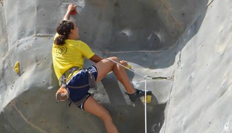 Peris i Molina vencen en el tradicional torneig d'escalada de Pardinyes