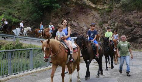 Els tombs a cavall també són un atractiu a Rialp.