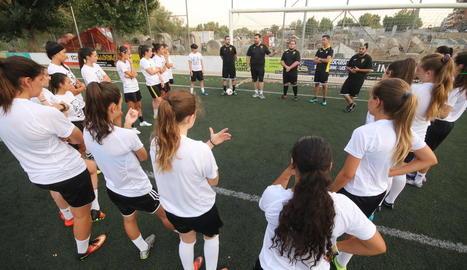 L'equip lleidatà va començar ahir els entrenaments de pretemporada a l'espera que s'incorporin les jugadores que juguen a Suècia.