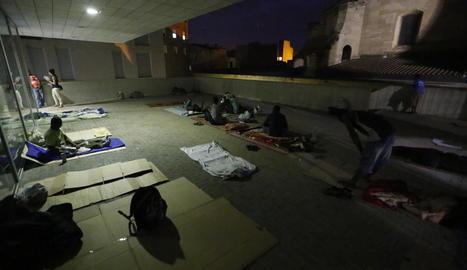 Temporers dormint al carrer la setmana passada a Lleida.