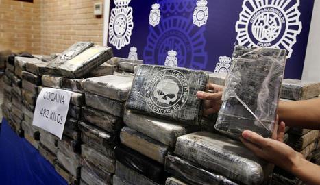 Detingut després de saltar-se un control policial amb 482 kg de cocaïna