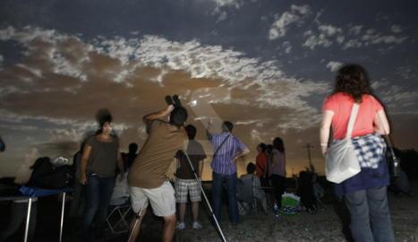 Observadors de la pluja d'estrelles a Lleida.
