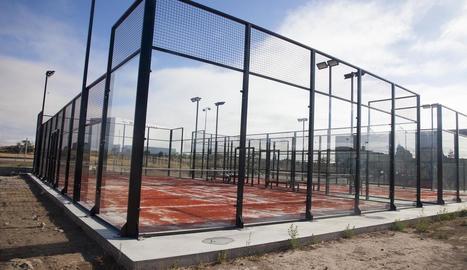 Les noves pistes municipals de pàdel de Cervera.
