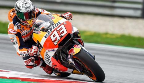 El mayor de los Màrquez, con su Honda en el circuito austriaco.